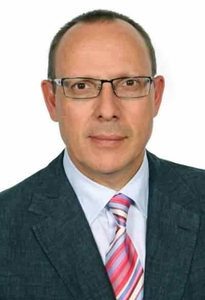 <b>Ioannis Peros</b> - ioannis.peros.2014